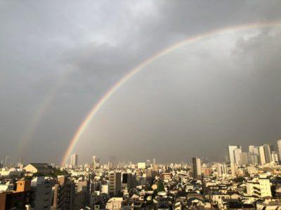 二重の虹ダブルレインボー