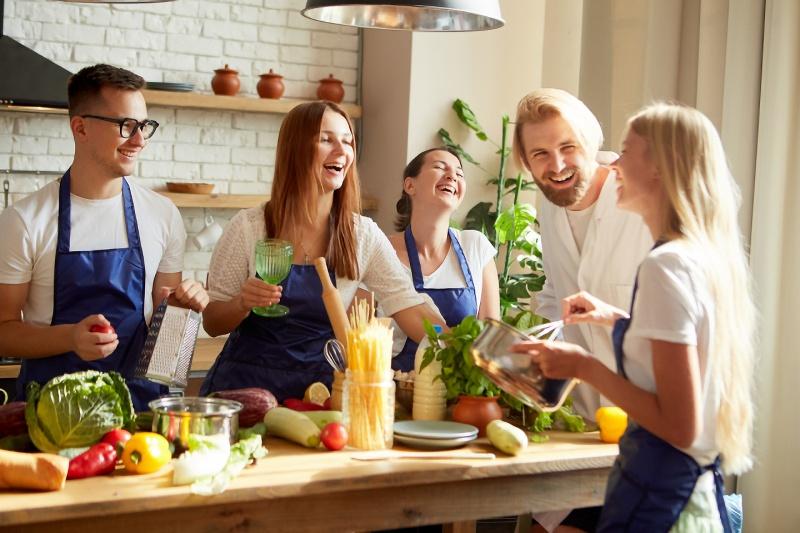 実家暮らしの男性必見!婚活しながら料理教室に通おう!